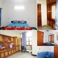 Home Stay in Sector 61, Noida
