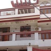 Shri Balaji PG in Sector 52, Noida