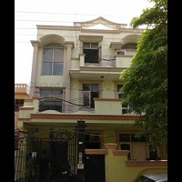 Triage Home Stay Pg in Noida