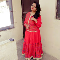 Rashmidubey 1297 Searching Flatmate In New Gupta Colony, Delhi