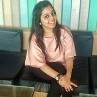 Arushi Dhawan Searching Flatmate In Noida