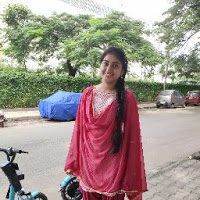 Anshika Pandey Searching For Place In Bengaluru