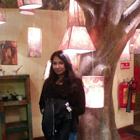 Aashna Gupta Searching Flatmate In First Floor, Delhi