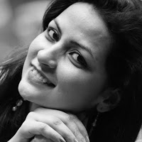 Sheena Leekha Searching Flatmate In Sethi Max Royal, Noida