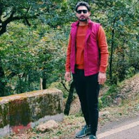 Vivek Sharma Searching For Place In Noida