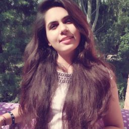 Riya Kaushik Searching Flatmate In Double Storey Road, Delhi