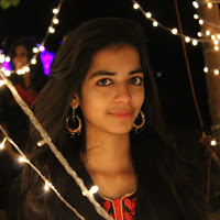 Shreya Karnawat Searching Flatmate In Santacruz West, Mumbai