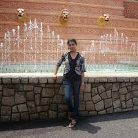 Raina Tiwari Searching Flatmate In Mumbai