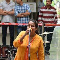 Komal Sawarkar Searching For Place In Mumbai
