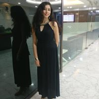 Sunita Hariani Searching Flatmate In Mumbai