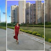 Arzoo Arora Searching For Place In Noida