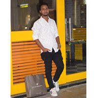 Vivek Kumar Searching For Place In Delhi