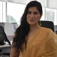 Kritika Chauhan Searching Flatmate In Bengaluru