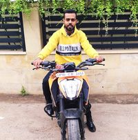 Milind Suman Searching Flatmate In Sector 18, Noida