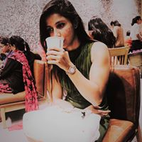 Shreya Singh Searching For Place In Noida