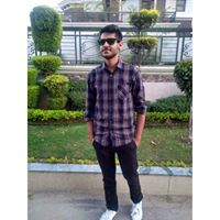 Karan Bir Searching For Place In Noida