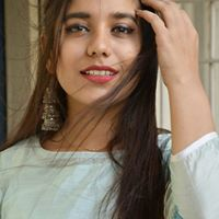 Kartiki Arora Searching Flatmate In Sector 100, Noida