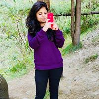 Sidra Khan Searching Flatmate In Noida