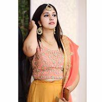 Akshita Kamthan Searching For Place In Noida