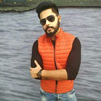 Akkshay Arora Searching For Place In Delhi