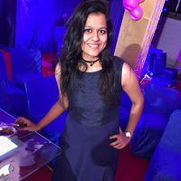 Rutika Agrawal Searching Flatmate In Andheri West Mumbai