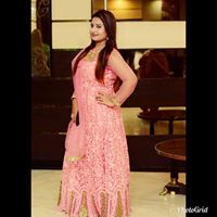 Afreen Khan Searching For Place In Noida